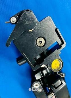 Leupold Kenai Spotting Scope Kit 25-60 X 80mm Tripod Access & Case